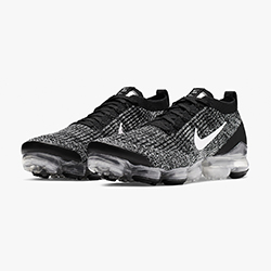 b788090e09559 Have Your Cookies and Cream with the Nike Air Vapormax Flyknit 3 Oreo