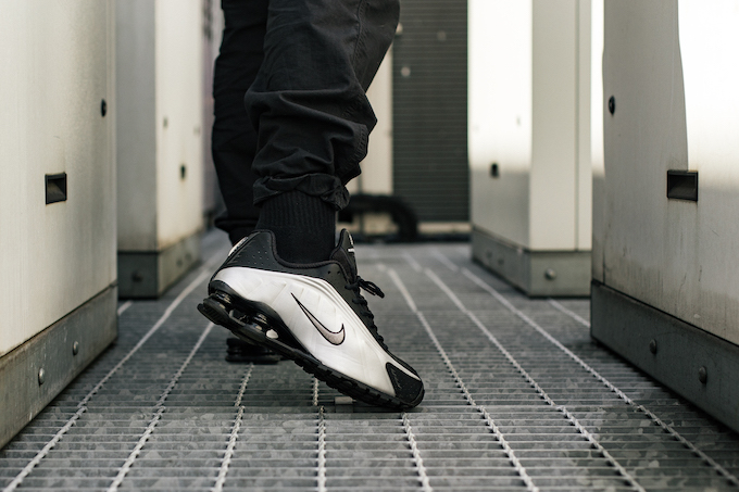 wholesale dealer 99554 b27df Nike Shox R4 Black and Metallic Silver: On-Foot Shots - The ...