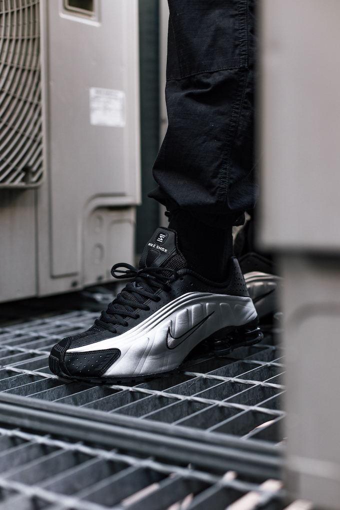 wholesale dealer a7ebd 1a239 Nike Shox R4 Black and Metallic Silver: On-Foot Shots - The ...