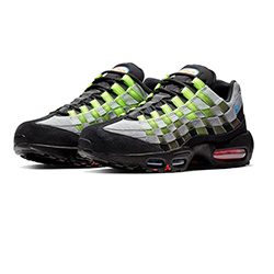 4b02b2e2d18a4 The Nike Air Max 95 Woven Launches in Black