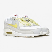 11aaca79fe The Nike Air Max 90 Premium Side A Rewinds the Years
