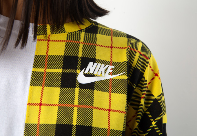 Nike WMNS Sportswear Collection