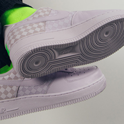Nike WMNS Air Force 1 Low Barely Grape