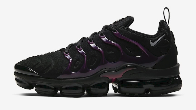 Nike Air Vapormax Plus Black and Noble Red