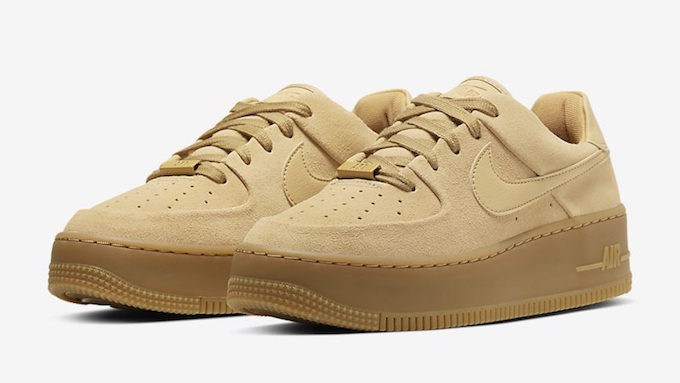 Nike WMNS Air Force 1 Sage Low Club Gold