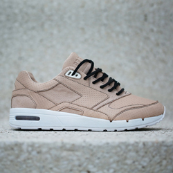 bait x brooks fusion oyster f