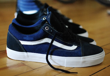 32935aea982d VANS SYNDICATE JAZZ STRIPE 35 PACK - The Drop Date