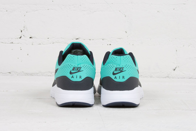 NIKE AIR MAX 1 ULTRA MOIRE MENTA AND DARK OBSIDIAN The