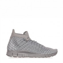 official photos 7cfdb 2f94a Nike Free Inneva Woven Mid Matte Silver – Available Now