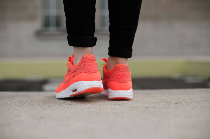 NIKE WMNS AIR MAX 1 ULTRA MOIRE HOT LAVA The Drop Date
