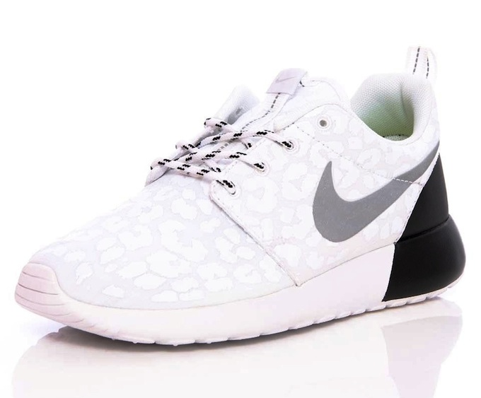 nike roshe run premium womens