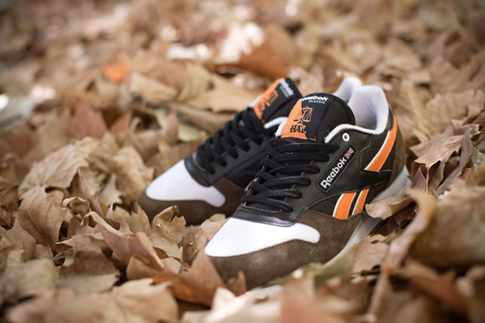 079ee32357f REEBOK X HIGHS AND LOWS CLASSIC LEATHER AUTUMN LEAVES