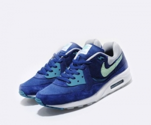 timeless design 50c89 6d701 air max light Archives - The Drop Date